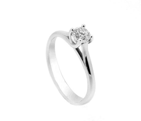 f1b76659bd35 Anillo oro blanco con diamantes - Jose Luis Joyero